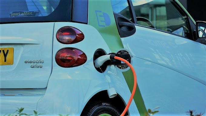 A Small Dutch City Is Using Electric Cars to Feed the Grid