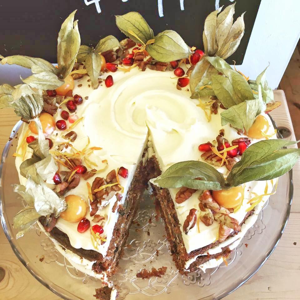 Linton Kitchen Cake