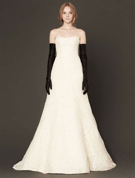 1000  images about Vera Wang Wedding Dresses at Your Dream