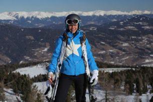 Raluca Arvat a cucerit partiile din Austria alaturi de 40 de prieteni!