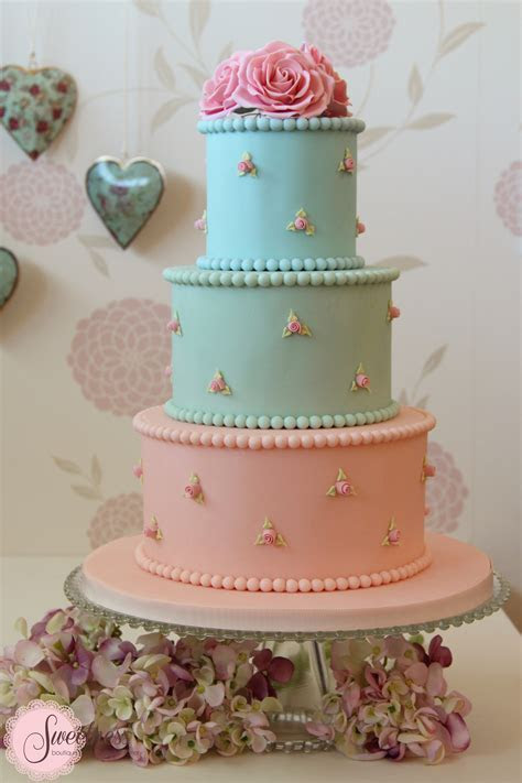 Pastel Wedding Cakes   Cake Designers London   Wedding