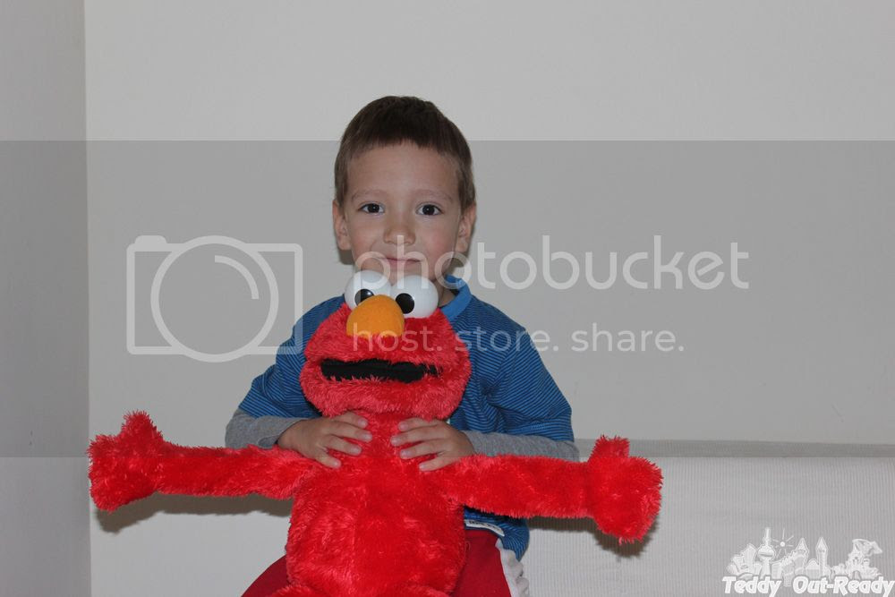 Big Hugs Elmo Teddy