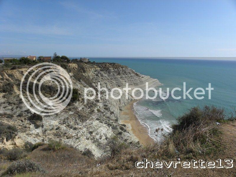 http://i1252.photobucket.com/albums/hh578/chevrette13/SICILE/DSCN5277Copier_zpsc6988bd1.jpg