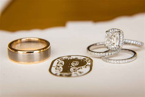 Wedding Rings: Different Wedding Band Styles for the Groom