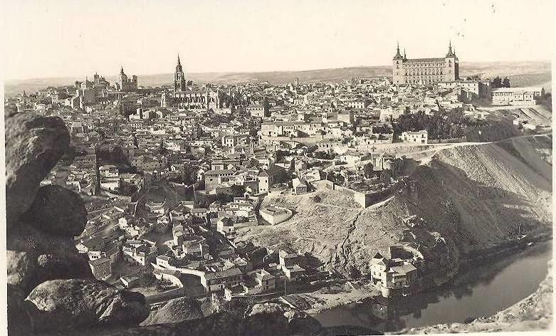 Toledo desde la Piedra del Rey Moro. Años 60