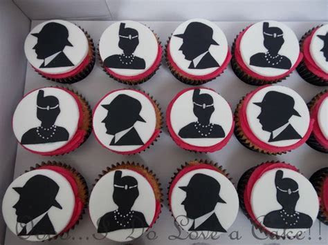 Gangster and Flapper 1920's Cupcakes   1920s party