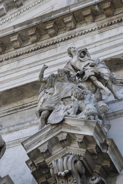 Ca' Pesaro 佩莎羅宮