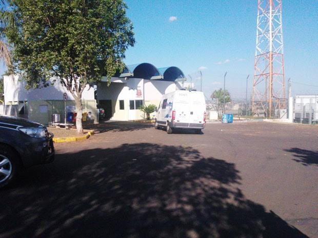 Paulinho Neblina deixou a Penitenciária de Presidente Bernardes nesta quinta-feira (14) (Foto: Murilo Zara/TV Fronteira)