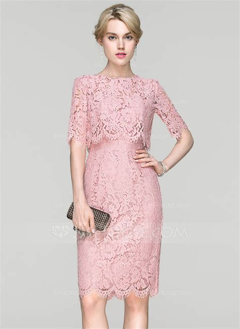 Sheath/Column Scoop Neck Knee Length Lace Cocktail Dress