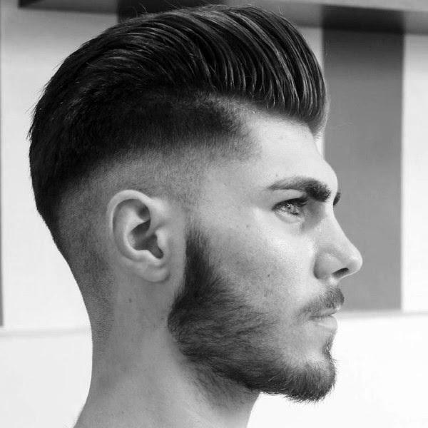 Die Klassische Pompadour Mit Trendigen High Fade Frisuren Für Männer