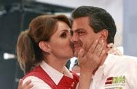 Angélica Rivera y Enrique Peña Nieto en campaña. Foto: Germán Canseco