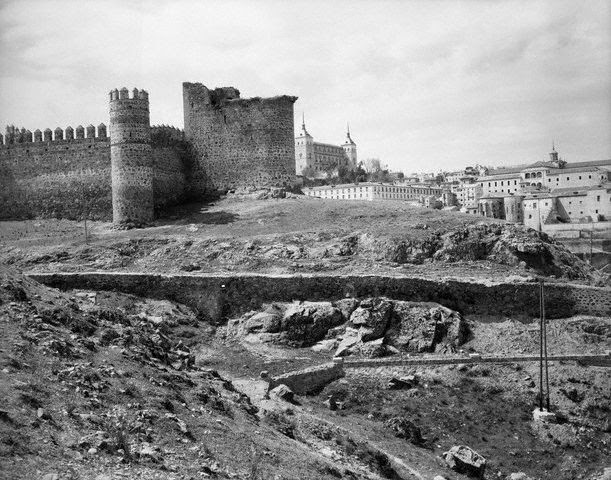 Castillo de San Servando a inicios del siglo XX. Image by © Bettmann/CORBIS