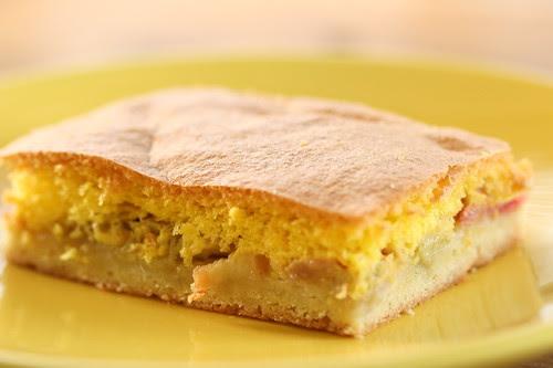 Rhubarb Cake / Biskviitkattega rabarbrikook