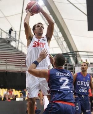 Fla Basquete vence na estreia das semifinais