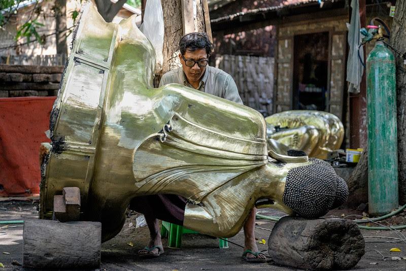 Making a Buddha