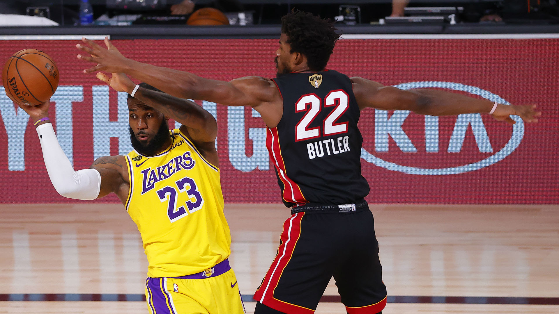 Lakers vs. Heat live score, updates, highlights from Game ...