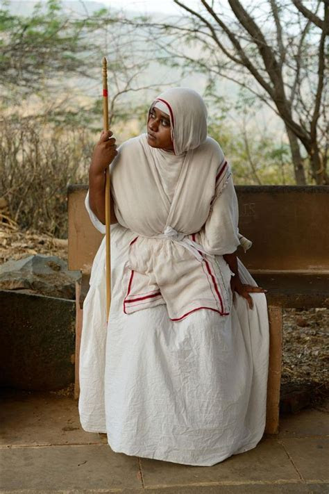 A Little Bit of Information About the Religious Habit of Nuns