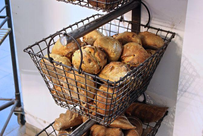 photo 1-Le fournil des capucins boulangerie bordeaux_zpszexzazop.jpg