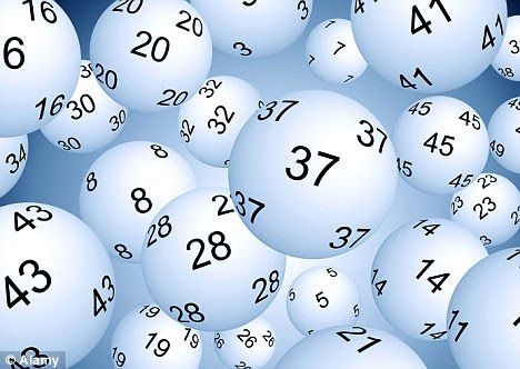 what time is the uk lottery draw tonight