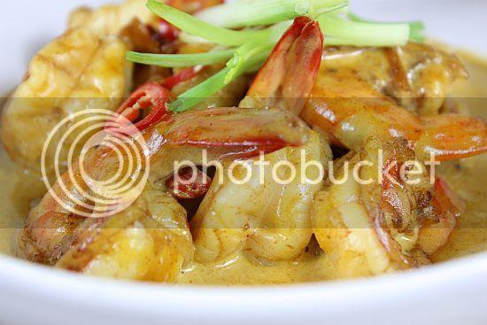 Curry prawns 3