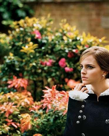 Con 22 años y más de 10 en la alfombra roja, Watson supo crear su propio estilo, vistiendo con glamour grandes diseños de Chanel como el que viste en la foto, Burberry o Christopher Kane.  Foto: Web