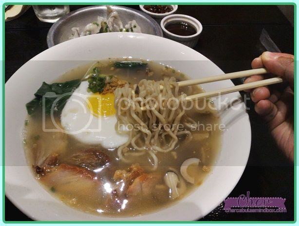 caution-hot-spicy-noodles-food-review-003.jpg