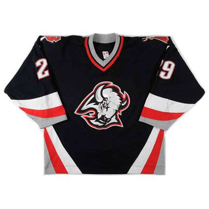 photo Buffalo Sabres 2000-01 F jersey.jpg