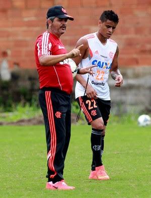 Ney Franco e Everton Flamengo treino (Foto: Divulgação / Site Oficial do Flamengo)
