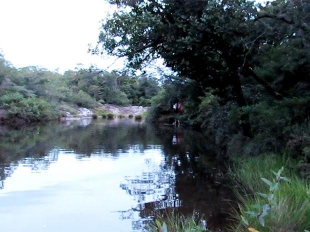 Turista morre após se afogar em cachoeira em São João Batista do Glória (Foto: Hélde Almeida)