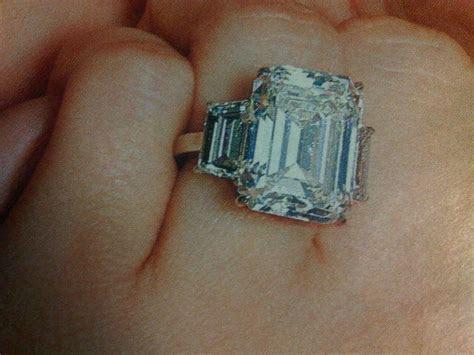 LOVE N LOVE: Kim Kardashian Engagement Ring