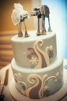 1000  images about Cakes: Star Wars on Pinterest   Star