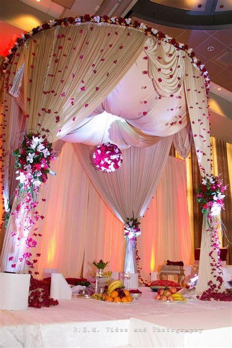Best 25  Wedding mandap ideas on Pinterest   Big indian