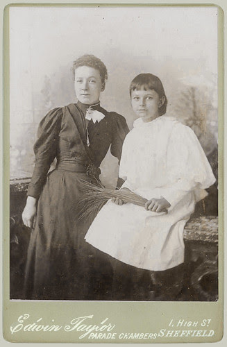 Cabinet Card Sisters