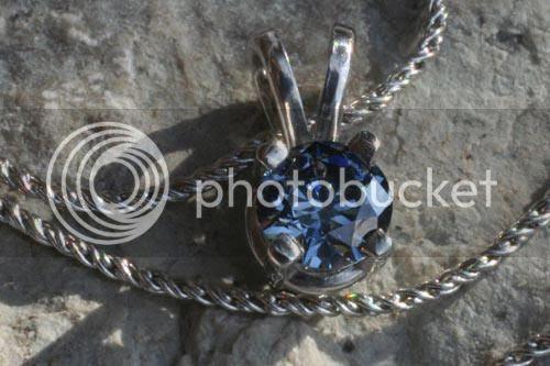 Berlian yang terbuat dari abu jenasah