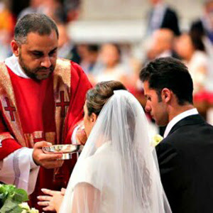 Communion for couples living in sin