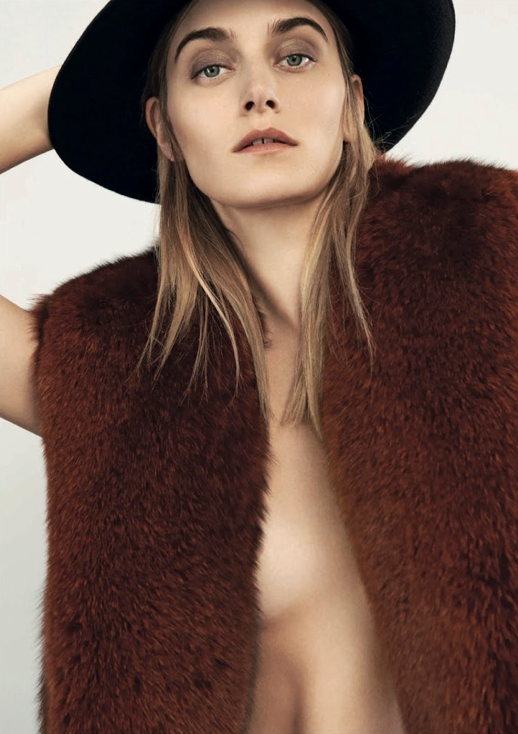LE FASHION BLOG EDITORIAL D LA REPUBBLICA BLACK HAT BURGUNDY FUR VEST BOLD EYEBROWS 1 Photographer: Johan Sandberg Stylist: Roberta Rusconi Hair: Joseph Pujalte Make-up: Tanja Friscic  Model: Kori Richardson photo LEFASHIONBLOGEDITORIALDLAREPUBBLICAHATBURGUNDYFUR1.png