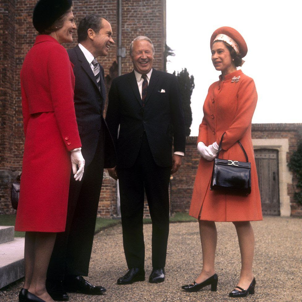 Queen Elizabeth II with Prime Minister Edward Heath (second right) and American President Richard Nixon and his wife Pat Nixon at Chequers, Buckinghamshire