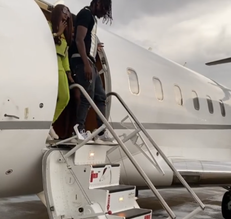 Covid 19: FG suspends aviation company Naira Marley  flew to Abuja for his drive-in concert (video)