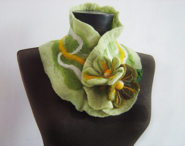 felted green autumn collar scarf - evalinen