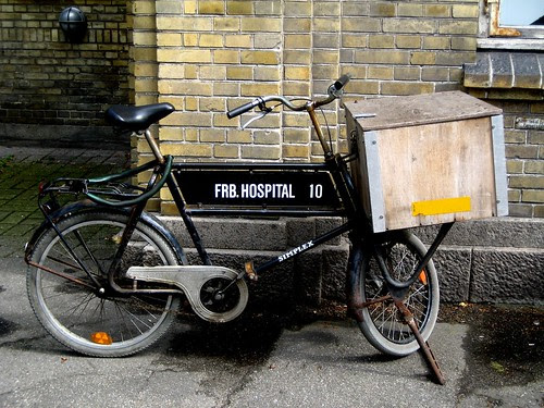 FRB Hospital Bike by Mikael Colville-Andersen