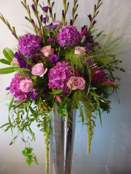 Big Vase Flower Arrangements Roses Gallery