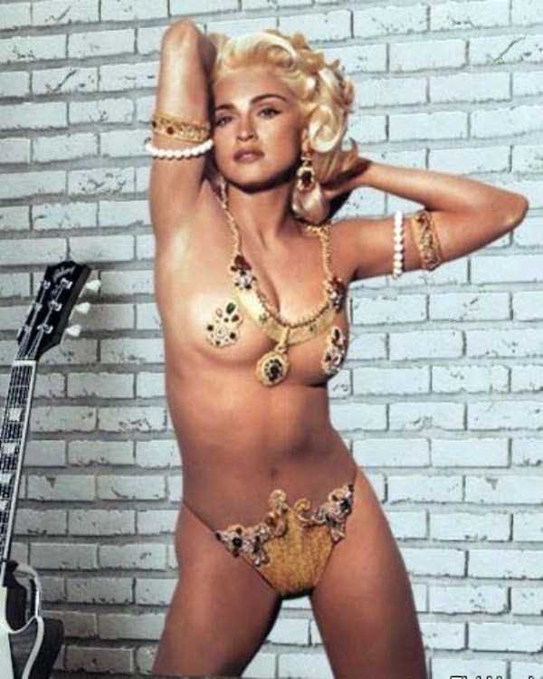 young-madonna-pictures (11)
