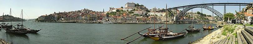 Panorama da Ribeira e da Ponte Dom Luís I.