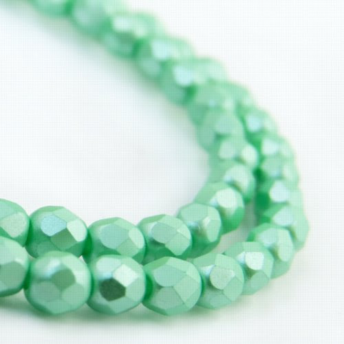 27099000-12 Firepolish - 4 mm Faceted Round - Pearl Pastel Mint (strand 45)