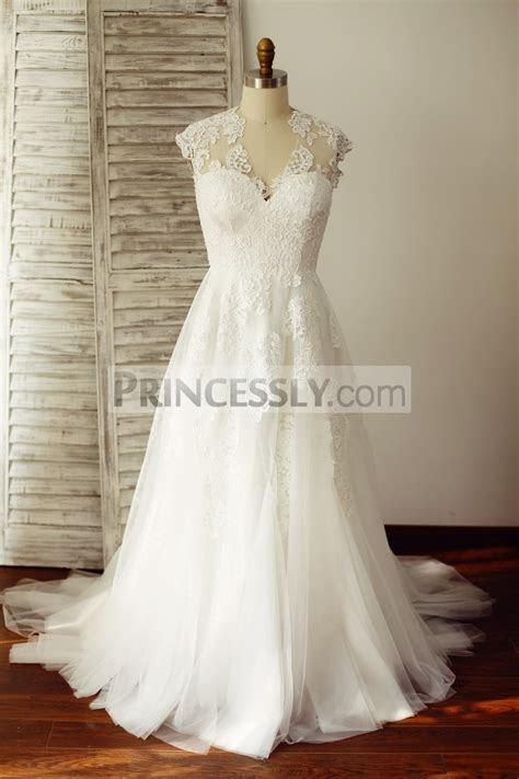 V Neck Ivory Lace Tulle Wedding Dress