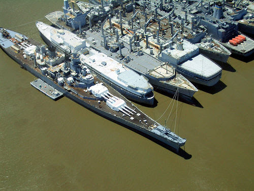 http://nextnavy.com/wp-content/uploads/2010/04/USS-IOWA.jpg
