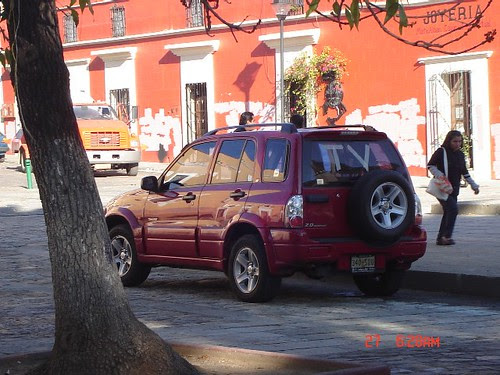 Mark in Mexico, http://markinmexico.blogspot.com/ Pale Horse Galleries for gifts, collectibles, arts and crafts, http://palehorsemex.vstore.ca/ Oaxaca, Mexico: APPO fails to show for new camp 009