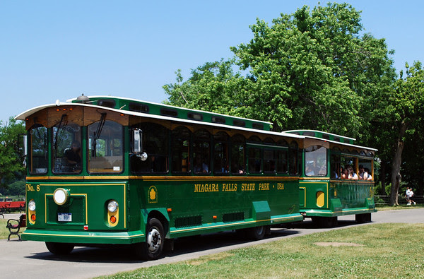 Niagara Falls State Park Tourist Bus