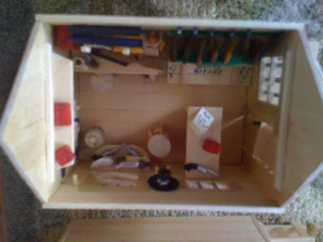 desktop 1416798780 Παππούς δεν είχε τι να κάνει, αγόρασε ξυλάκια παγωτού και έφτιαξε κάτι υπέροχο…