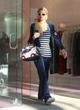 Paris Hilton HQs - Celebsgossip